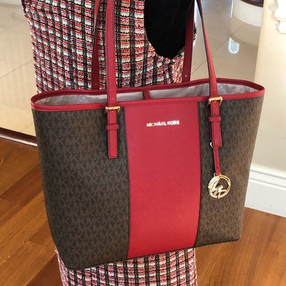 michael kors handbags guarantee